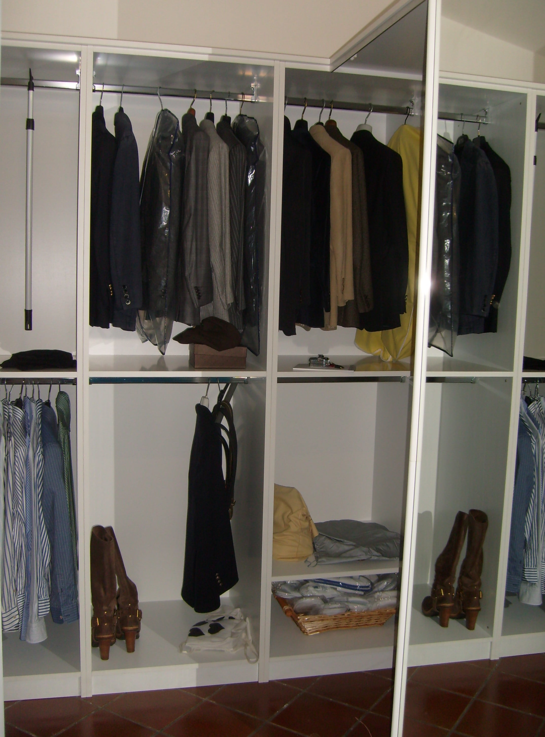 Interno vani armadio personalizzati