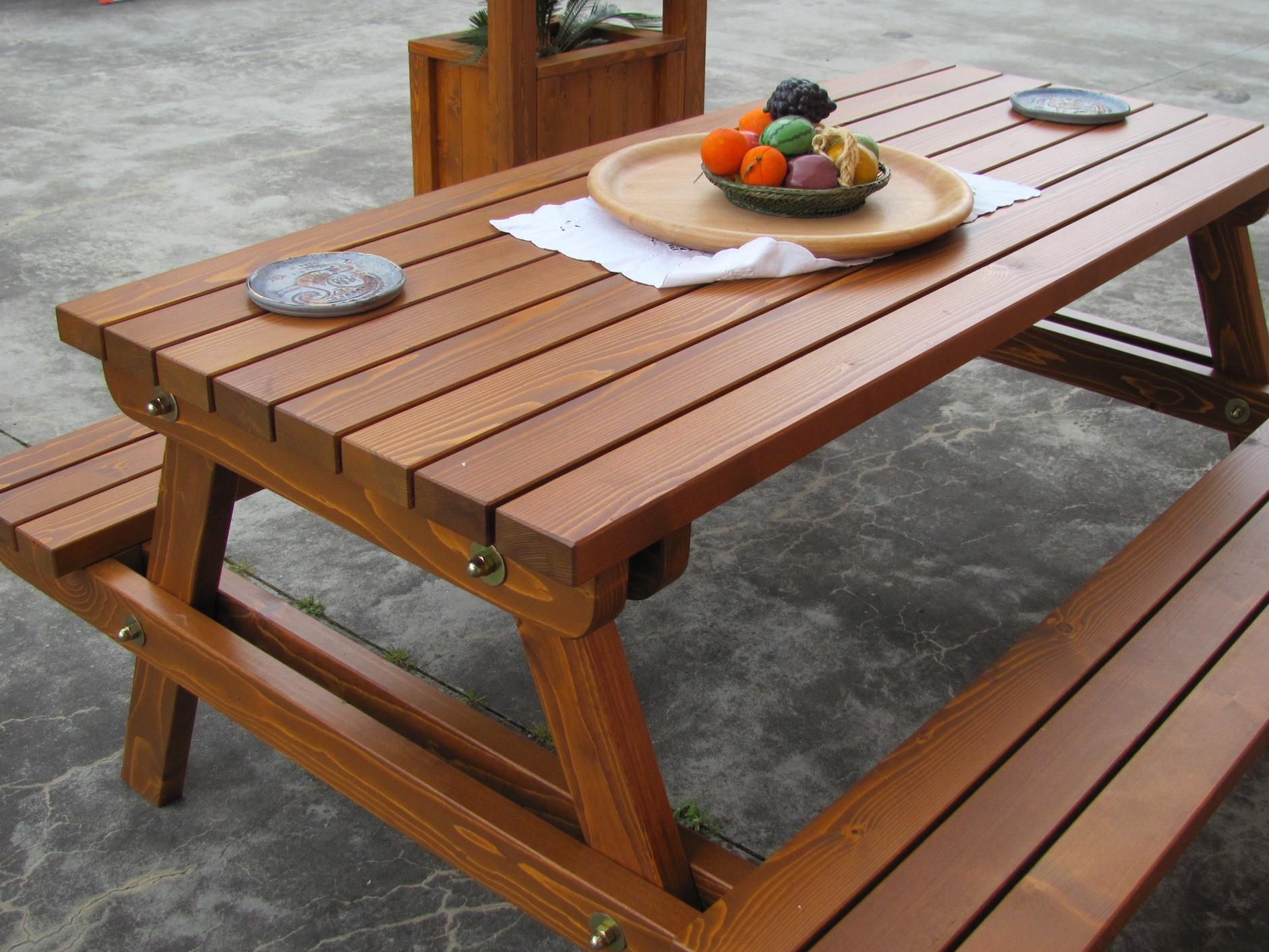 Tavolo con panca in legno massello abete verniciato
