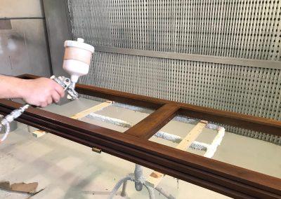 Verniciatura infissi in legno